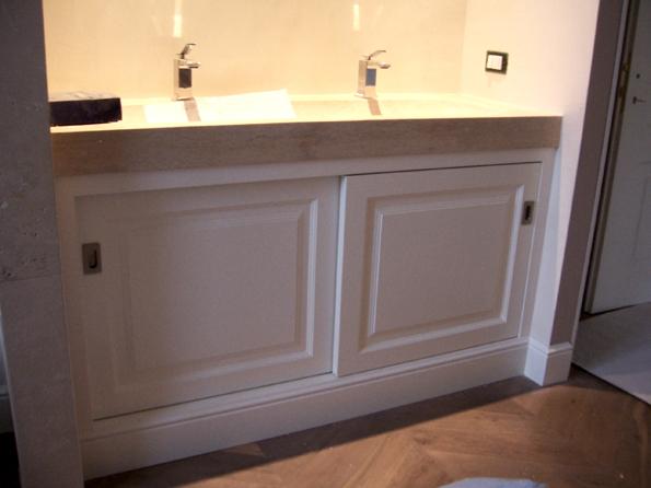 Mobili in legno per il bagno l 39 arte del legno - Mobili in legno per bagno ...