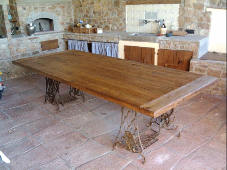 Tavoli in legno tavolo allungabile in legno grezzo with for Tavoli estensibili in legno