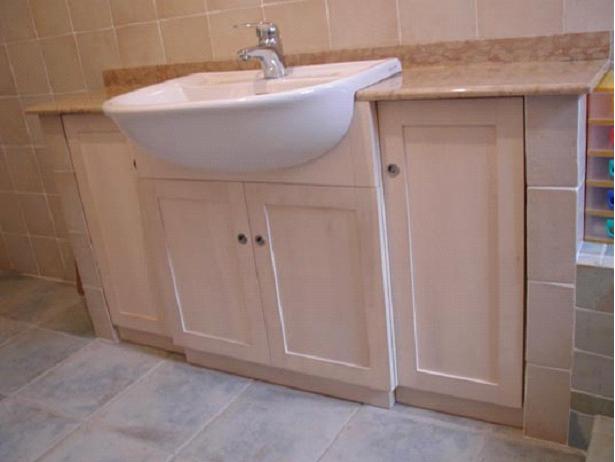 Mobili in legno per il bagno l 39 arte del legno - L arte del bagno ...